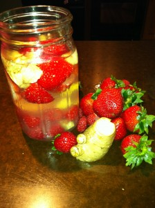Making kvass at home with berries and ginger